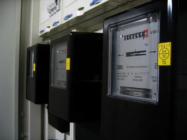 Die Vergütungsforderung des Stromlieferanten in der Grundversorgung - und ihre Verjährung